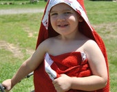Razorback hooded towel. Personalization included. Red towel with white printed fabric.