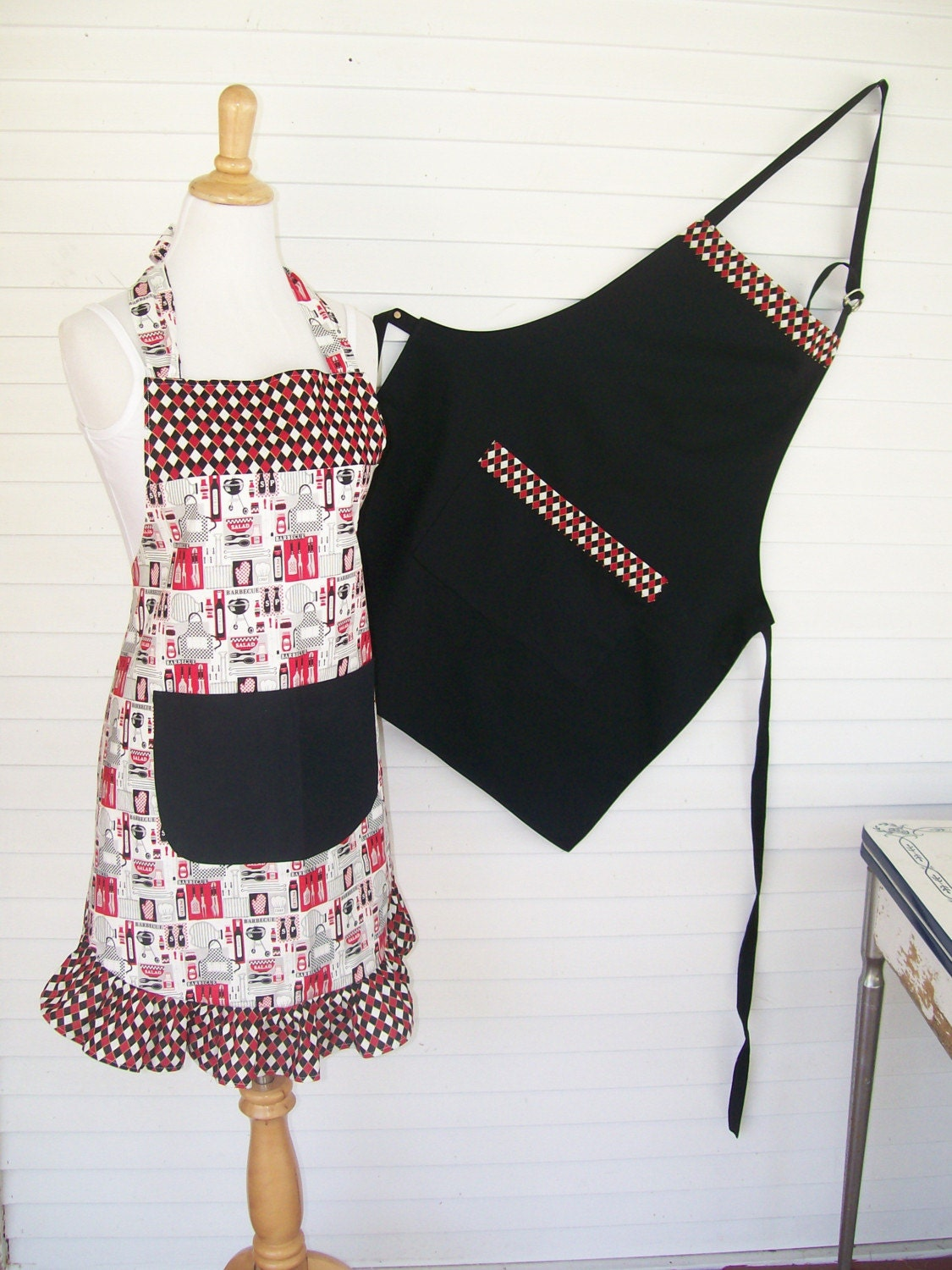 His And Hers Grillmaster Aprons