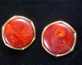 Special  - End of Day BAKELITE RUSSET RED Swirled (Tested Positive) Clip Earrings
