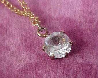 AUSTRIAN CRYSTAL Pendant & Gilt Gold Chain Necklace