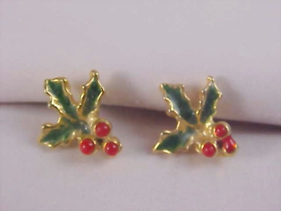 CHRISTMAS  Red and Green Holly  SPRIGS  Gilt Gold Post Earrings