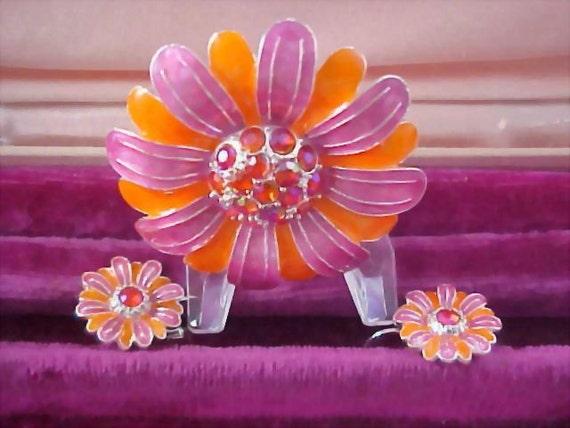 Silver Plate - AVON - Peach and  Melon Demi Parure - Rhinestones -  Brooch & Earrings