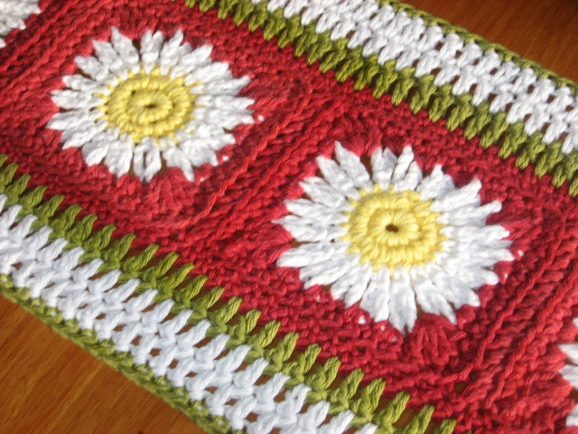 Crochet Table Runner : Tuscan Inspired Crochet Table Runner by nutsaboutknitting on Etsy