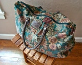 RETRO vintage stunning floral roses charming day bag carry all duffle