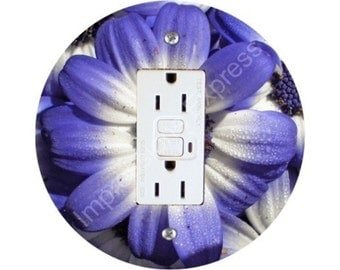 Blue Daisy Flower GFI Outlet Plate Cover