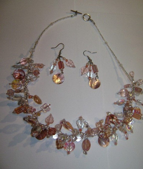 Pinques 'n Peaches Profusion of Pretties Necklace and Earrings