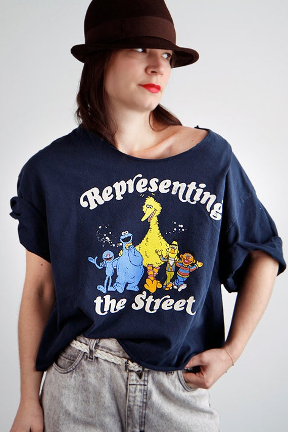 Quirky Sesame Street BIG BIRD oversized hipster tee shirt