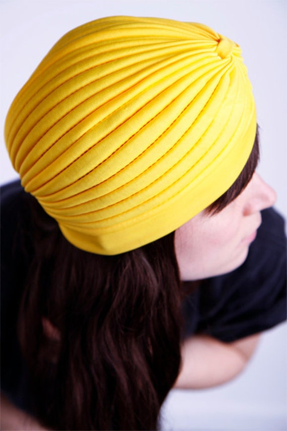 ON HOLD for Sophia 1930's color block yellow hat size