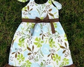 THE LITTLE LADY  grow with me dress