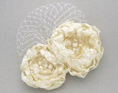 Large flower bridal hair fascinator, hair clip in Ivory - Evelyn