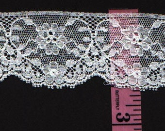 Cotton lace Trim 2 inches  wide white 10 yds   (2935)