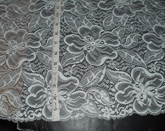 Bridal White allover lace fabric 54in wide 4 yds  in length  (D9020)