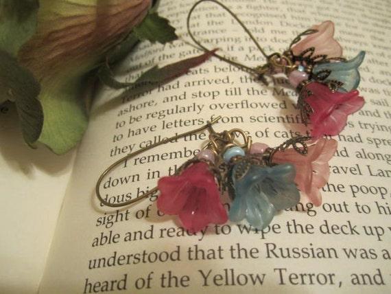 Sweet Petunia  Flowers