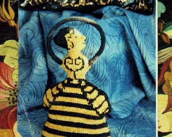 Minoan Goddess of the Bees Knitted Doll pattern PDF