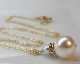 Ivory Pearl Necklace, Solitaire, Gold Filled, Classic White Pendant, Custom Bridal Party Accessory, Bridesmaid Handmade Wedding Jewelry Gift