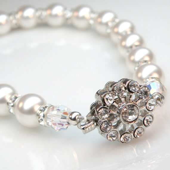 Wedding Pearl Bracelet, Swarovski Rhinestone, White Pearl Bridal Jewelry, Ivory Bride Accessory, June Birthday, Birthstone, Summer Fashion