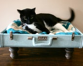 Upcycle - Suitcase Pet Bed - Blue