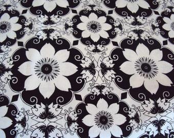 Black White Posies Fabric - 1/2 yd - Studio e