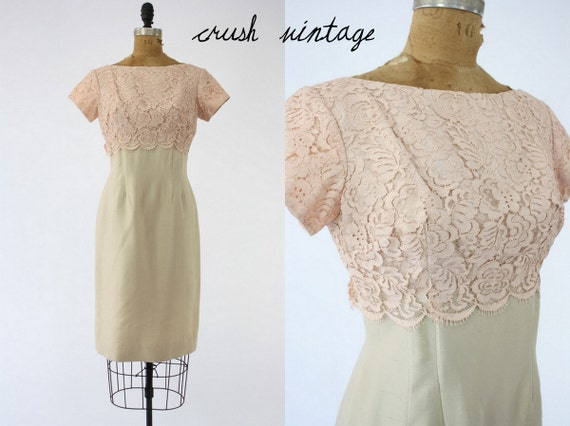 1960's Vintage Dress Empire Lace XS-S  / Champagne Flute Wedding Dress