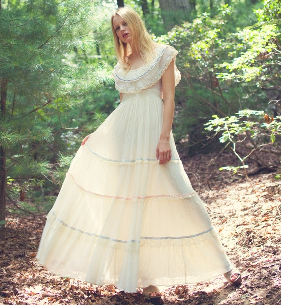 1970s GUNNE SAX Maxi Dress Romantic Boho WEDDING Dress Small