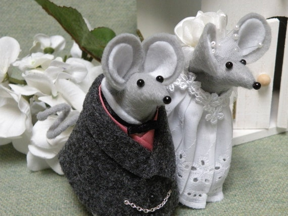 Wedding Cake Topper of Gray Felt Mice decoration  ornament  keepsake  soft sculpture