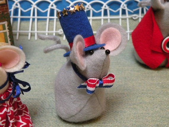 4th of July Mouse with Tall Blue Hat holiday decoration  soft sculpture