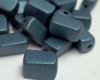 blue grey vintage resin beads,blue grey,blue grey beads,blue grey vintage beads,vintage beads,vintage resin beads,rectangular beads,10x5mm
