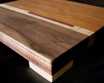 Cutting Board With Maple Feet