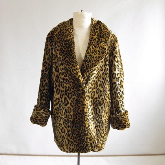 SALE - vintage leopard print faux fur coat