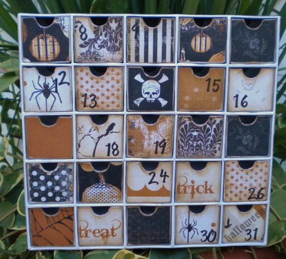 Halloween Advent Calendar by CanvasSaysItAll on Etsy
