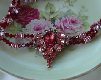Gorgeous Pink & Red Vintage Dress Clip Rhinestone Necklace