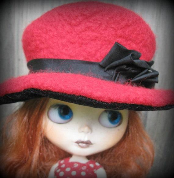 Doll Hat for Blythe - 2-Tone Red Wool Felt and Black Velvet