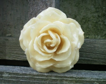 REAL Cream Off White ROSE Pin and Pendant