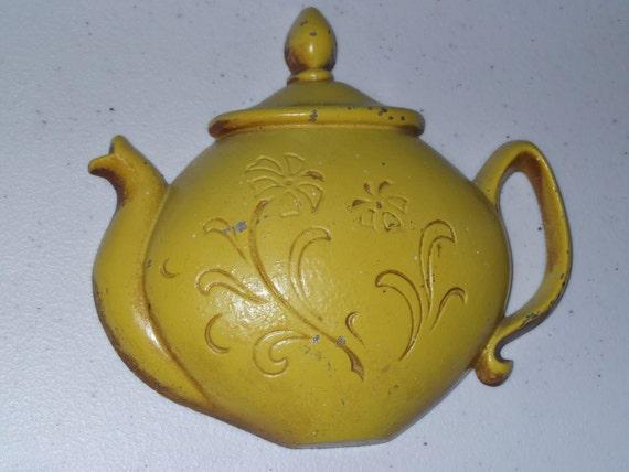 Vintage Yellow Teapot Wall Hanging 1960s Sexton USA Kitchen Decor