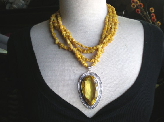 Pendant Necklace / Honey Quartz / Yellow Jade / Natural Stone - Honey