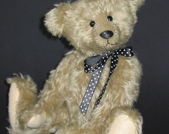 Albert - a traditional style bear pattern PDF