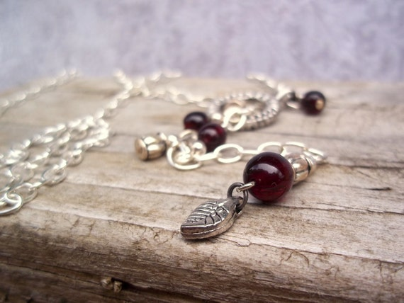 Cranberries lariat necklace