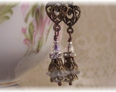 Hearts 'N' Pearls Vintage Flower Jewelry Dangle Earrings - Mother's & Valentine's Day