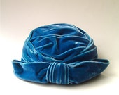 vintage Cerulean Blue Velvet Turban