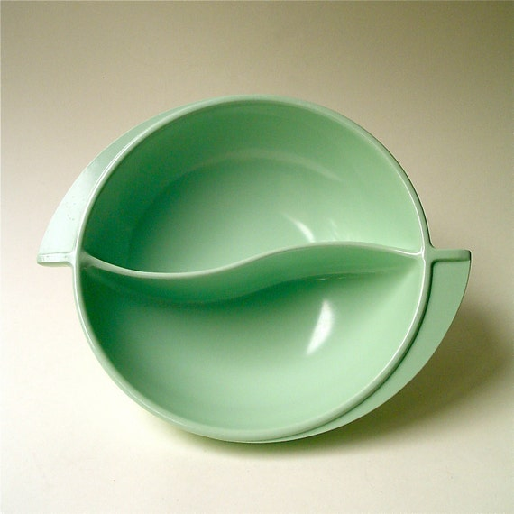 vintage Melmac Mint Green Boontonware Divided Bowl