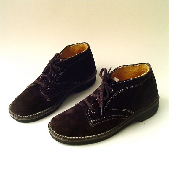 70s vintage Distressed Dark Brown Suede Chukkas