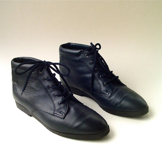 80s vintage navy blue leather ankle boots