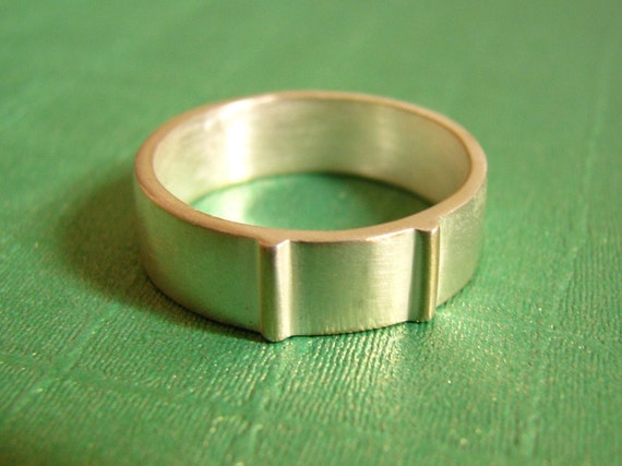 Silver Wedding Band - For men or women - 925 Sterling Silver Ring - Customized