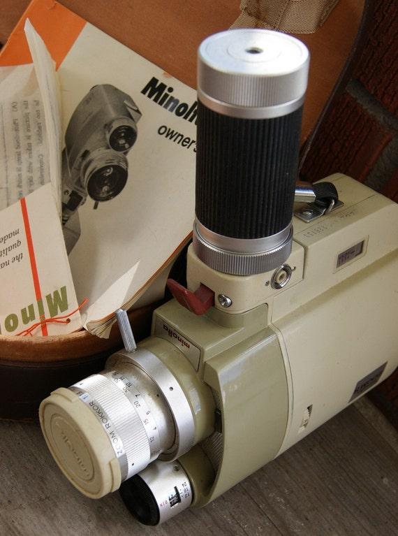 Vintage MINOLTA ZOOM 8 mm Movie Camera in Case