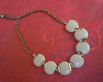 Retro 1960s Choker Necklace