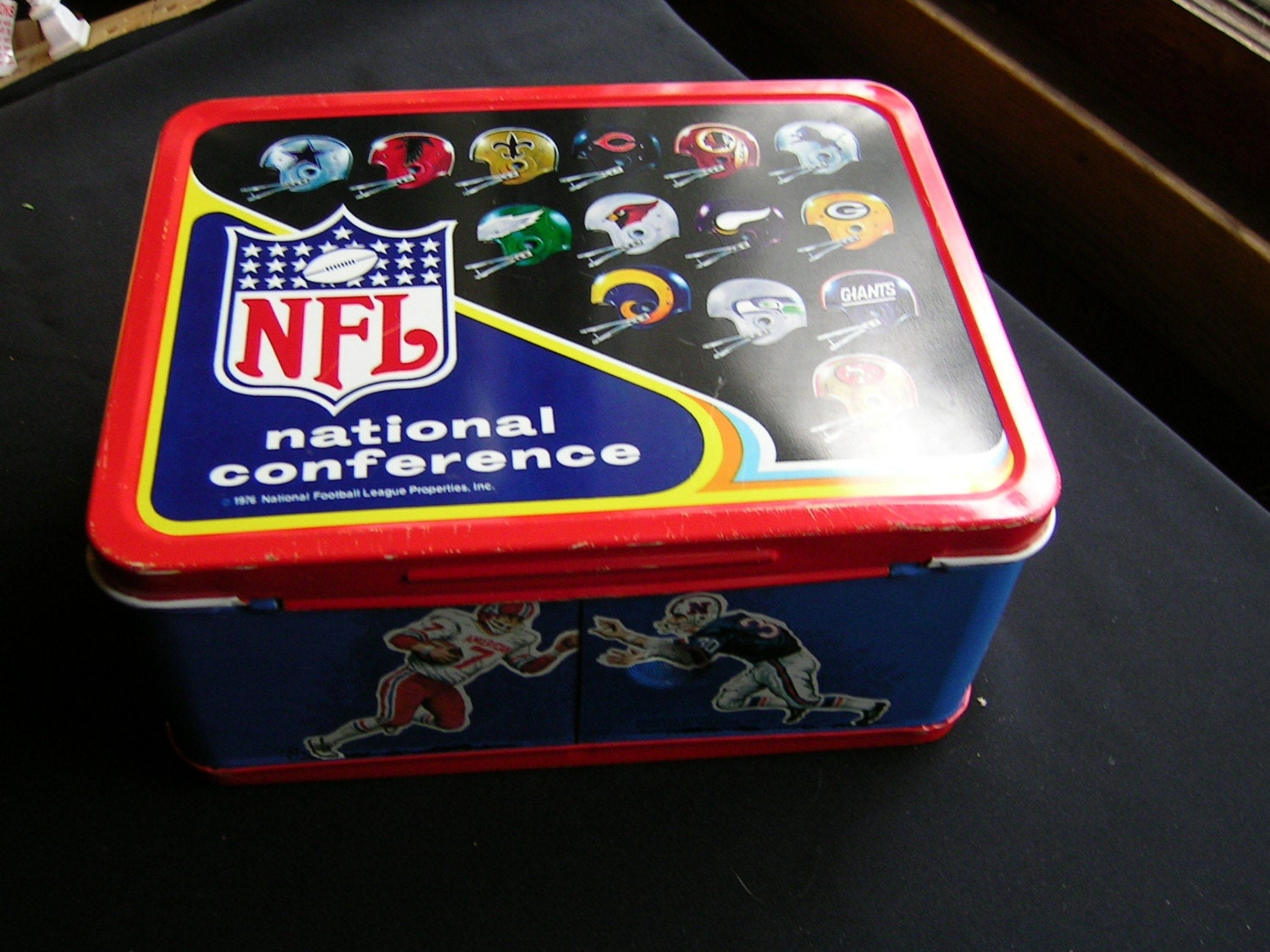 1976 NFL Metal Lunch Box