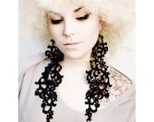 Lace earrings - Fearless - Black, white or ivory