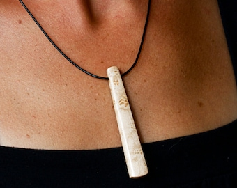 Maple pendant necklace
