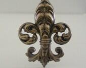 Vintage Pendant - Vintage Brass Stamping - Fleur De Lis Pendant - DIY Necklace - myshangrila
