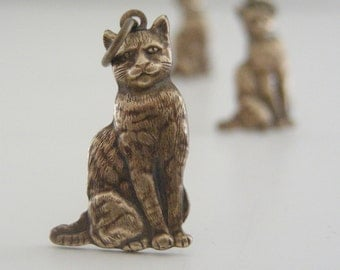 Vintage Brass Finding - Cat Charm - Vintage Brass Stamping - DIY Earrings - DIY Jewelry - Smug  Kitty - 3 pcs